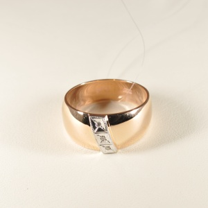 Кольцо обручальное 1047513 Цена 16'945 ₽